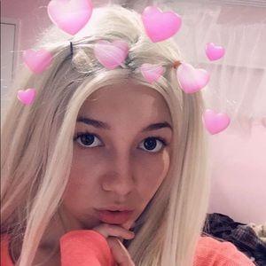 Accessories - Super cute platinum blonde wig
